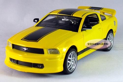 โมเดลรถเหล็ก โมเดลรถยนต์ Ford Mustang GT 3
