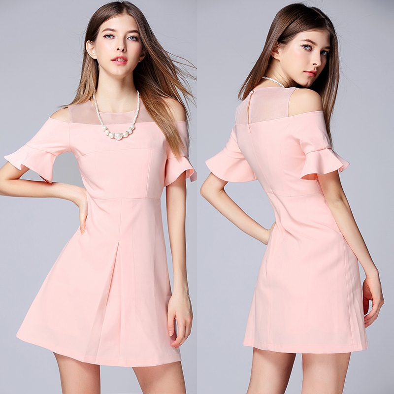 Dress4202 เดรสทรงสวยสีพื้นชมพูนู้ด แขนระบายเว้าไหล่ ซิปหลังใส่ง่าย มีซับในอย่างดีทั้งชุด ผ้าเนื้อดีหนาเรียบสวยมีน้ำหนัก งานเกรดพรีเมียมสวยเหมือนราคาหลักพัน ใส่แล้วดูไฮดูแพงสุด ใส่เที่ยว/ใส่ทำงาน/ใส่ออกงานได้หมดจ้า