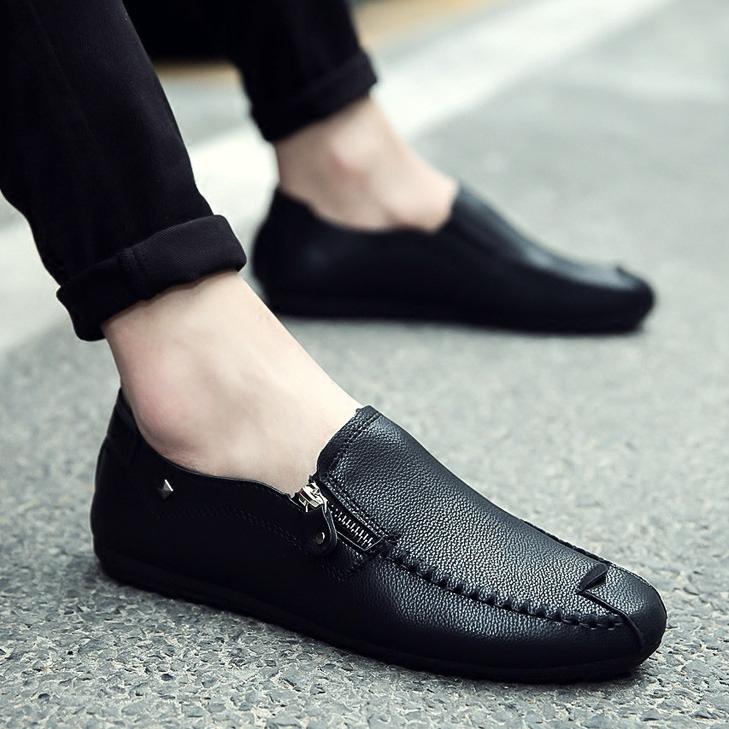 รองเท้าผ้าใบผู้ชาย มีไซส์ 40 41 42 43 44 รองเท้าผู้ชาย