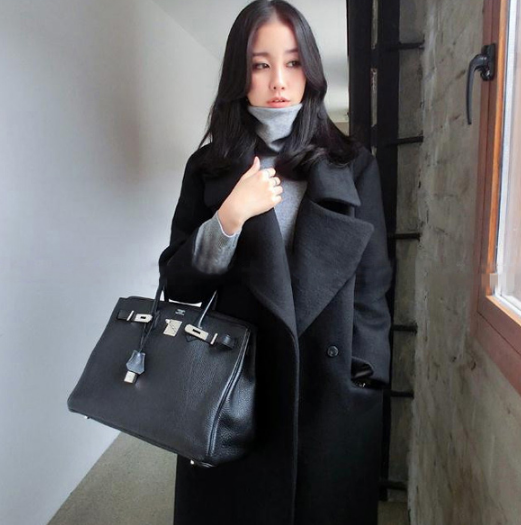 เสื้อโค้ทกันหนาว สไตล์เกาหลี ทรงยาวโคล่ง ดูดี ผ้าวูลผสมบุซับในกันลม พร้อมส่งจ้า