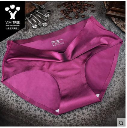 กางเกงในผู้หญิง 2 ชิ้น เป็นกล่องชุดเซ็ตกางเกงใน