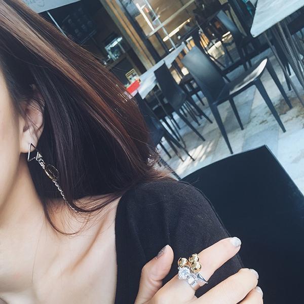ต่างหู,ตุ้มหูแฟชั่นสไตล์เกาหลีรูปสามเหลี่ยมแต่งโซ่คริสตัลเหรียญทอง
