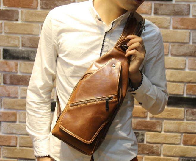 กระเป๋าคาดอก กระเป๋าคาดด้านหน้า สะพายข้าง หนังเงา โชว์เห็นลายหนัง สีน้ำตาล คลาสสิค ใส่ ipad iphone กระเป๋าสตางค์ ได้ แบบสวย มีดีไซน์ 640996