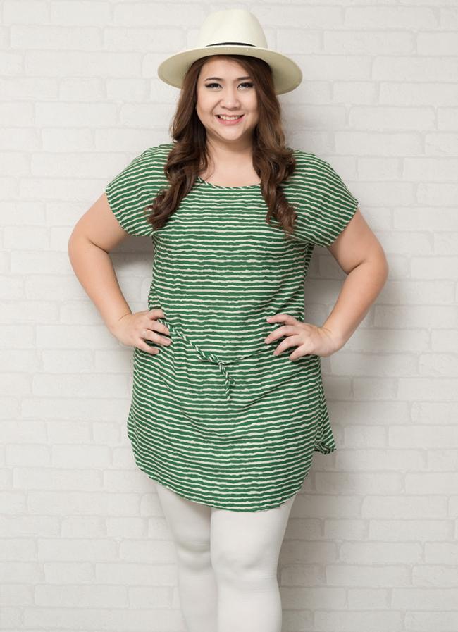 เสื้อผ้าสาวอวบแขนล้ำผ้าคอตตอนลายทางสีเขียวอ่อนสลับสีขาว + เชือกผูกเอว