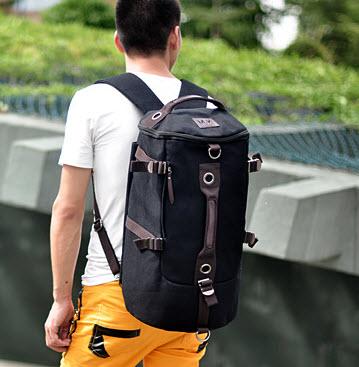 พร้อมส่ง กระเป๋าเป้ ทรงหมอน สีดำ มีสายสะพายไหล่ สะพายเป้ได้ จุของได้เยอะ สายปรับได้