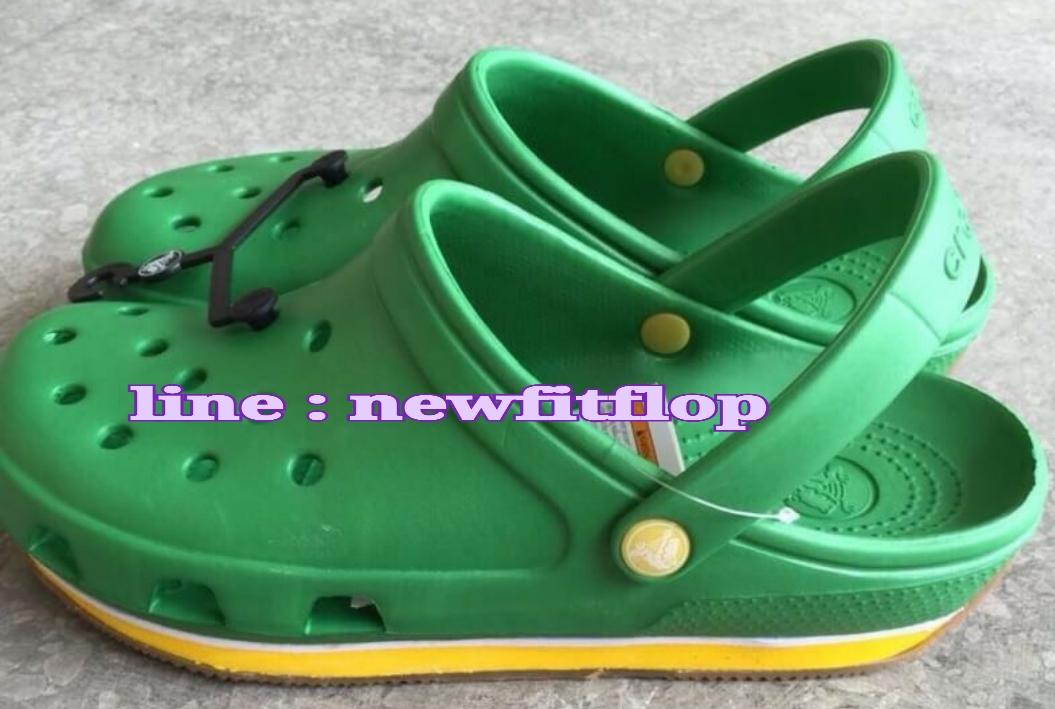 รองเท้า crocs retro clog รุ่นเรโทร สีเขียว