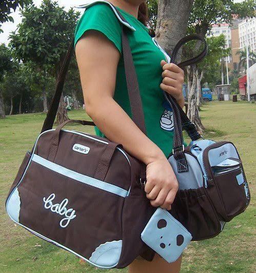 กระเป๋าคุณแม่สำหรับใส่สัมภาระลูก ยี่ห้อ Carter's ลายปัก Baby