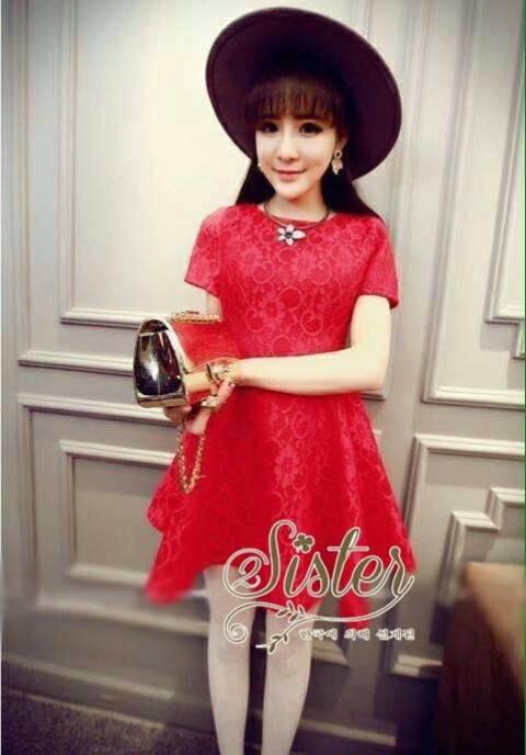 ชุดเดรสเกาหลี พร้อมส่ง เดรสลูกไม้สีแดงสด ผ้าเกรดดี