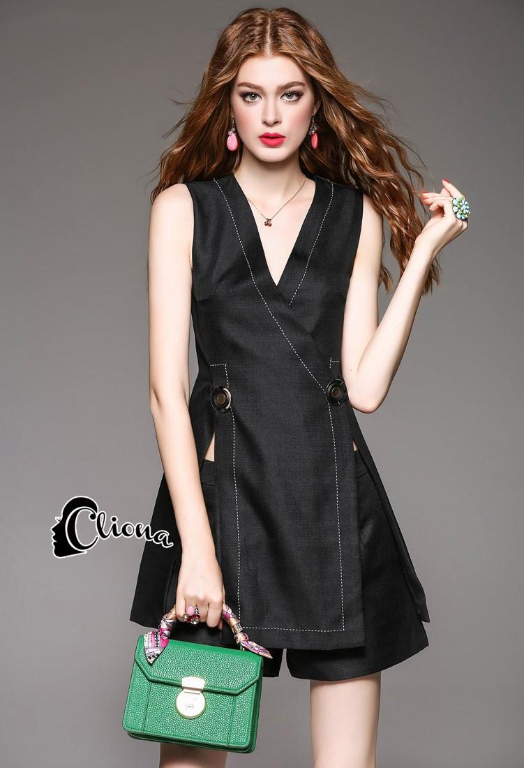 เสื้อผ้าเกาหลี พร้อมส่งCC Stylish B Or W Jacket + Short 2 Pcs Set - Jacket