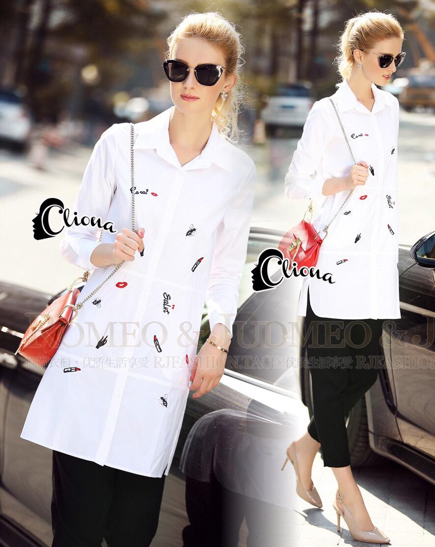เสื้อผ้าเกาหลี พร้อมส่งเชิ๊ตยาวสีขาว งานปักโทนดำ/แดง รูปเล็กๆอย่างปราณีต
