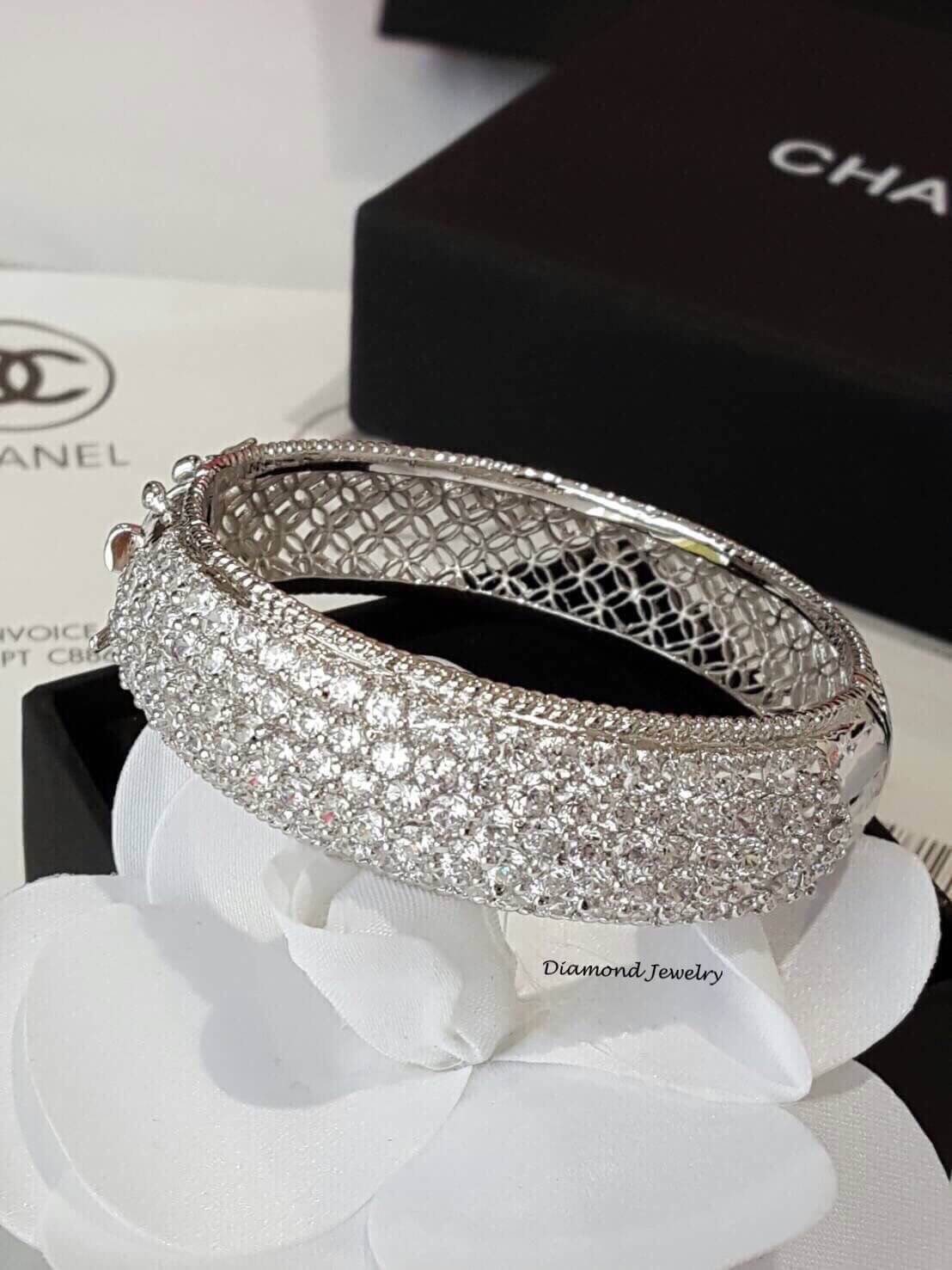 พร้อมส่ง Diamond Bangle งานสวยมาก*เพชรสวิสแท้