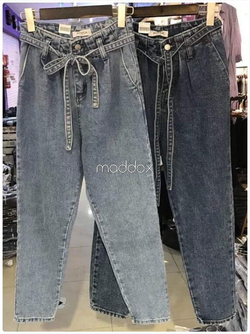 เสื้อผ้าเกาหลีพร้อมส่ง กางเกงผ้ายีนส์ เอวมีเข้มขัดผ้ายีนส์ผูกเอว