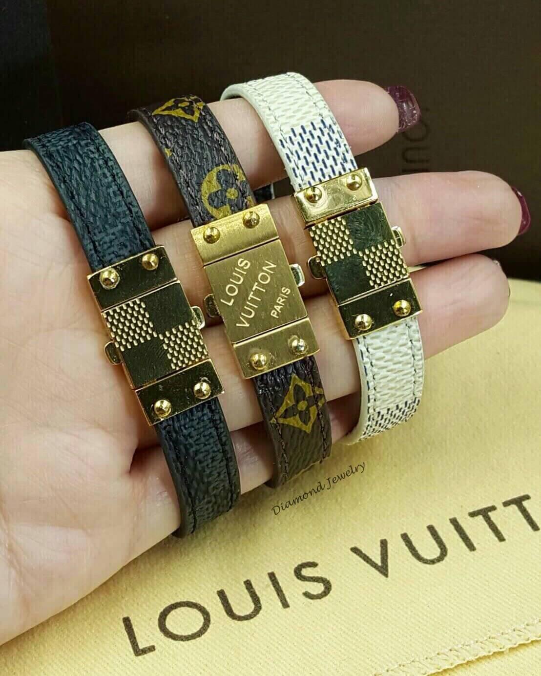 พร้อมส่ง Louis Vuitton leather bangle
