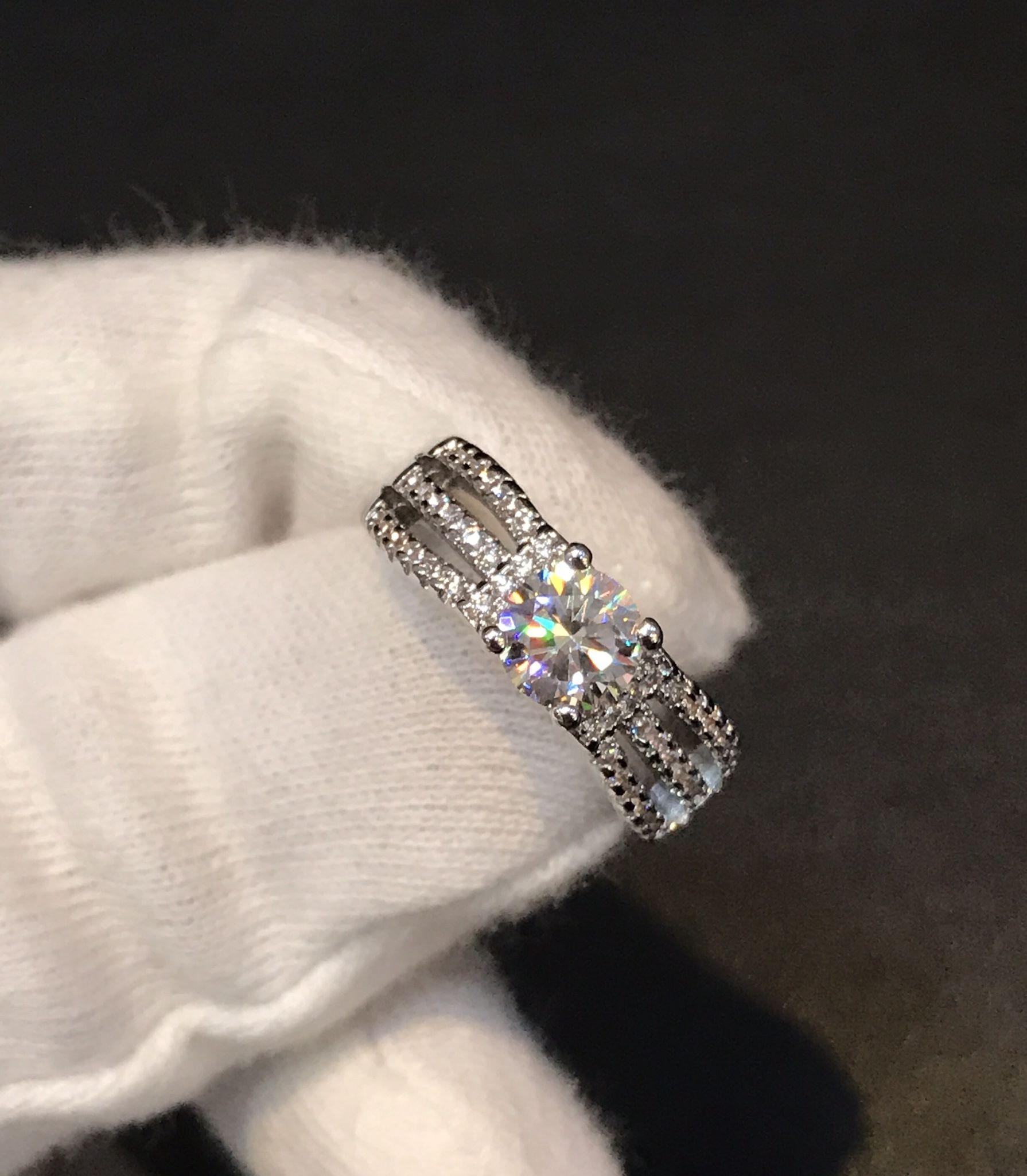 """พร้อมส่ง diamond ringดีไซส์เรียบๆ Everyday look """" งานเพชรCZแท้ 8A"""