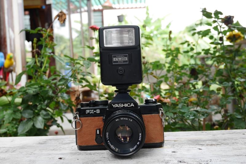 YASHICA FX-3 YASHICA LENS ML 50MM.F2
