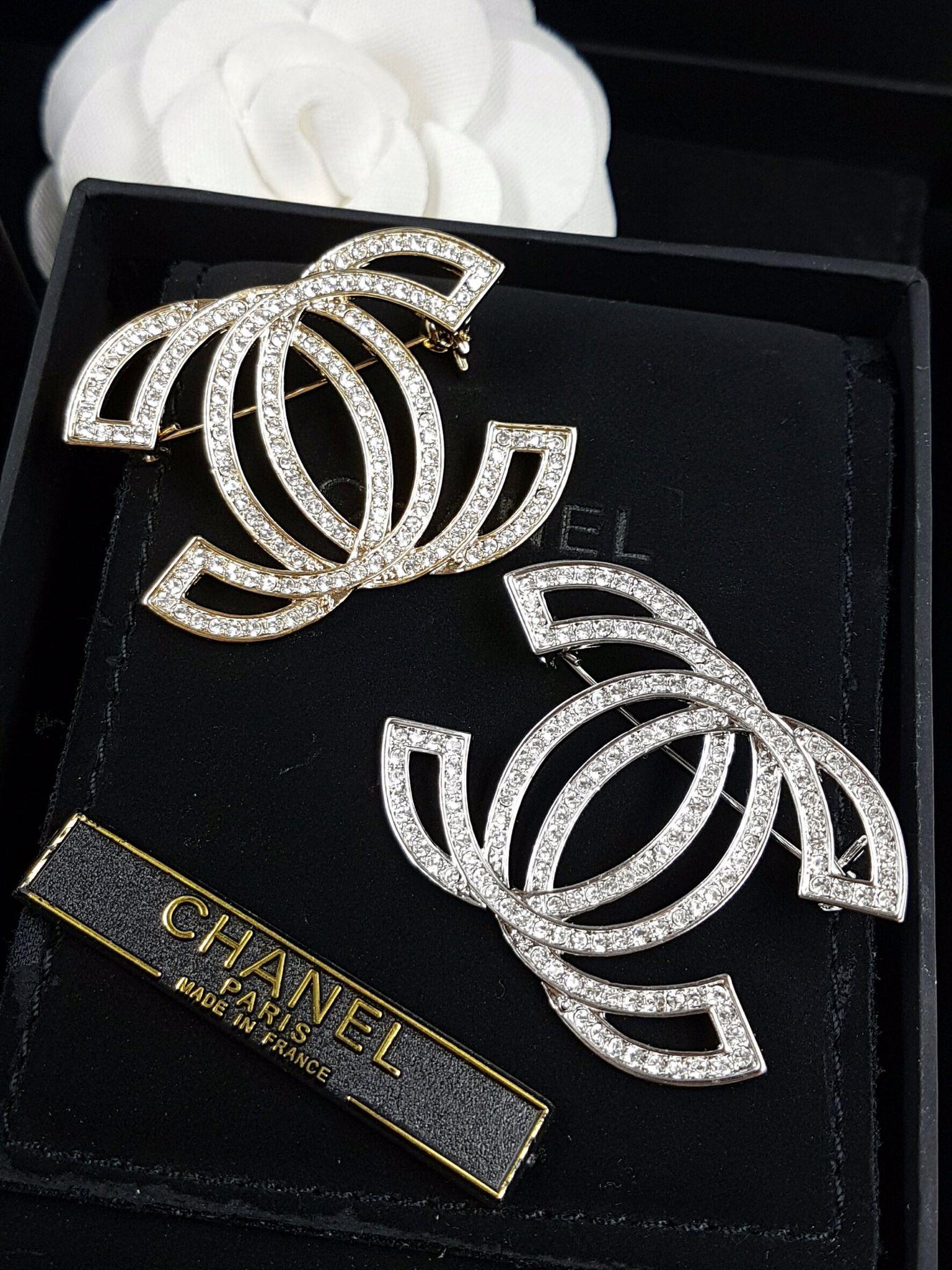 พร้อมส่ง Classic Chanel Brooch เข็มกลัดชาแนล