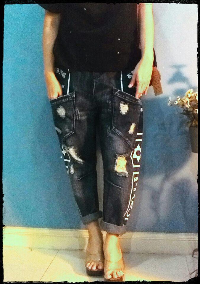 กางเกงยีนส์ ขา5 ส่วน - ขายาว สกรีนลายกะโหลกสีขาว