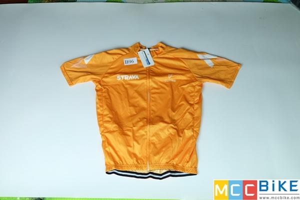 เสื้อปั่นจักรยาน ขนาด XL ลดราคา รหัส B96 ราคา 370 ส่งฟรี EMS