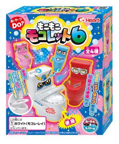 M135 ฮิตจากญี่ปุ่น ของเล่นกินได้ ชุดลูกกวาดชักโครก Toilet Candy Heart Moko Mokolet รุ่น 6 (ทานได้) คละสี