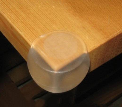 [ฟรีเมื่อซื้อครบ 1,000][แพค 4 ชิ้น] ยางกันกระแทกมุม PVC