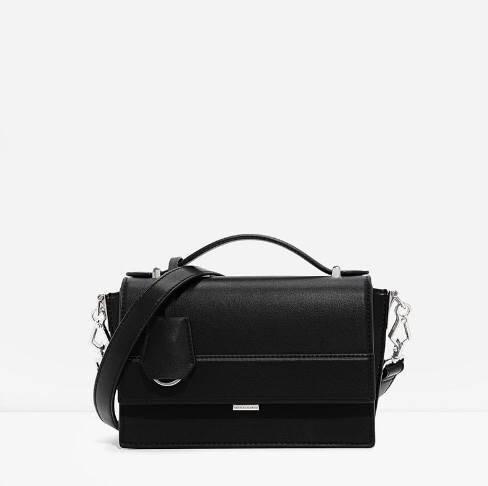 CHARLES& KEITH TOP HANDLE BOXY BAG กระเป๋าสะพายหรือถือ มินิ สีดำ สวย