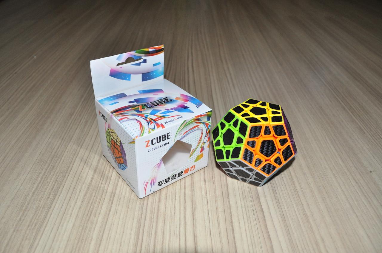 Z-Cube Megaminx with black carbon-fibre stickers - Stickerless