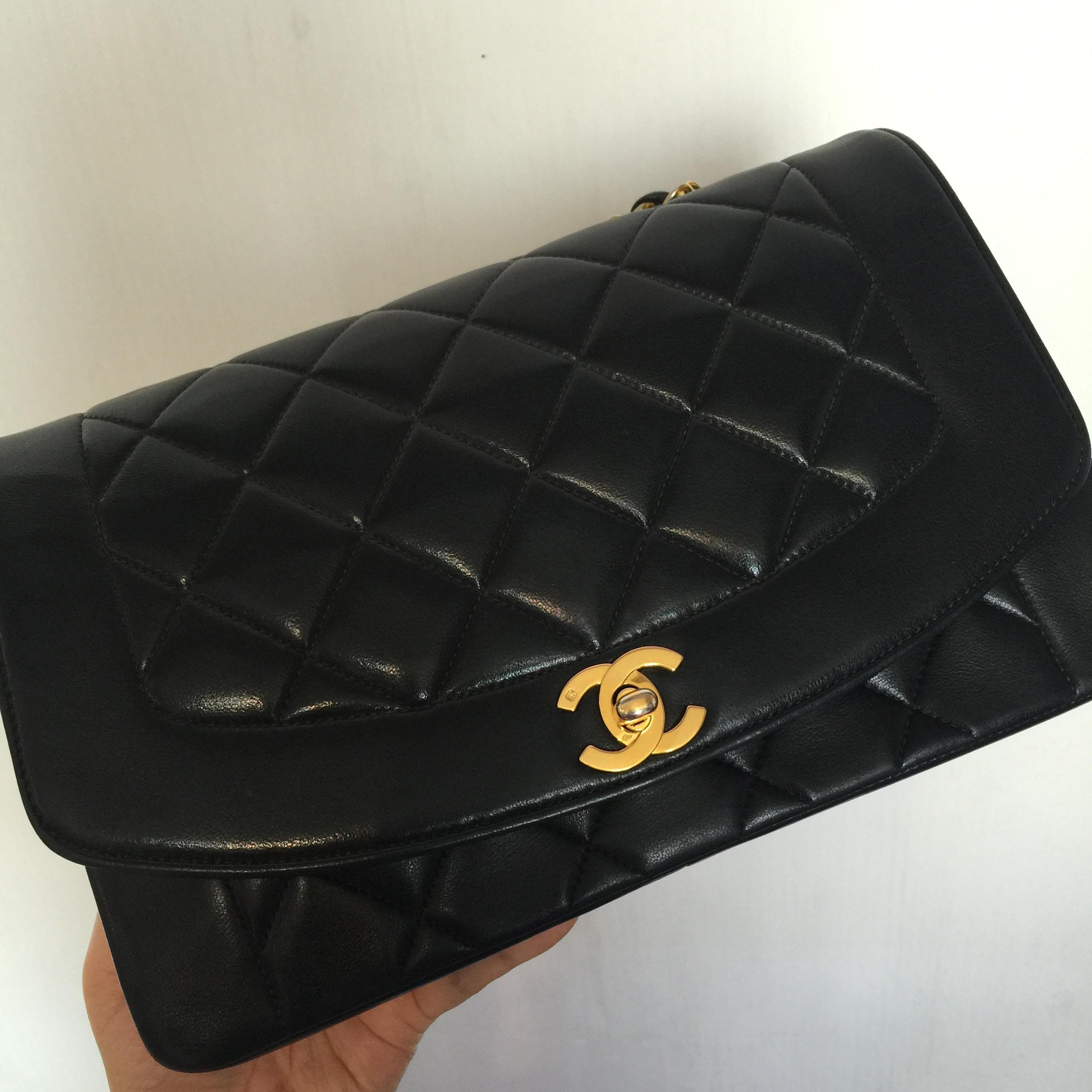 [SOLDOUT]Chanel Vintage Classic Lamb skin 10""