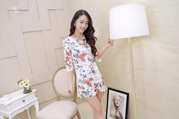 **พรีออเดอร์** เสื้อเดรสแฟชั่นเกาหลี แขนยาว ประดับลูกไม้ / **Preorder** Women Korean Hitz Slim Lace Long-sleeved Female Dress