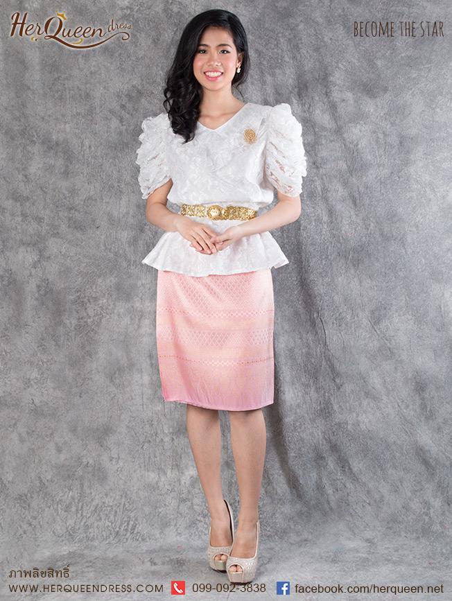 เช่าชุดไทย&#x2665 ชุดไทย ร.7 เสื้อลูกไม้แขนสามส่วนสีขาว ผ้าซิ่นผืนสั้นสีชมพู