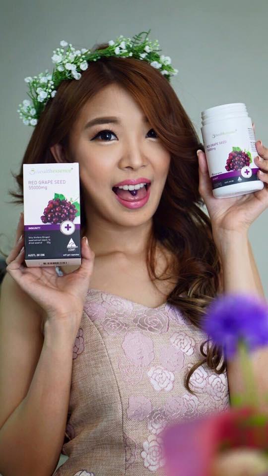 Healthessence Red Grape Seed 55,000mg สกัดจากเมล็ดองุ่นแดง 55,000 mg. เกรดที่ดีที่สุด โดสสูงสุด เข้มข้นสุดๆ ดึมซึมง่าย เห็นผลไว ผิวขาวใส ไร้ฝ้ากระจุดด่างดำ ขนาด 100 เม็ด