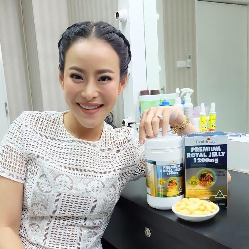 Healthway Premium Royal Jelly 1200 mg. เฮลท์เวย์ นมผึ้งเกรดพรีเมี่ยม ขนาด 365 เม็ด มีอย.ไทย