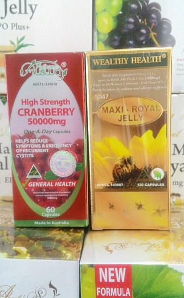 แครนเบอรี่ 50,000 mg. 30 เม็ด +นมผึ้งmaxi 30 เม็ด ทานคู่กันเห็นผลเร็วมาก เนียนเด้ง ขาวออร่า หลับลึก หลับง่าย สวยใสภายในฟิตกระชับ