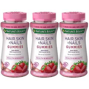 ( 3 ขวด) Nature's Bounty Hair, Skin & Nails Gummies with Biotin 2500 mcg. 80 เม็ด เจลลี่ รสสตรอเบอร์รี่ บำรุงผมและเล็บ และผิวยังสุขภาพดีด้วย จาก USA