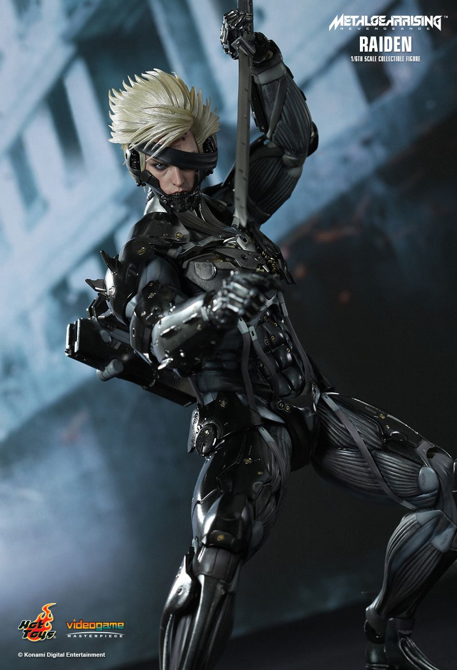 HOTTOYS VGM17 Metal Gear Rising: Revengeance - Raiden