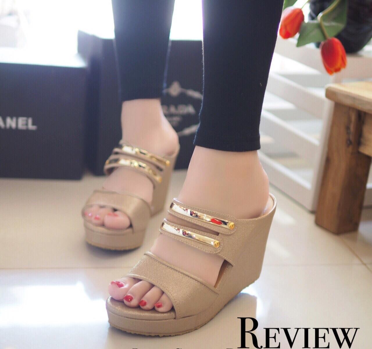 รองเท้าส้นเตารีดคาดทอง Zara Style (สีทอง)