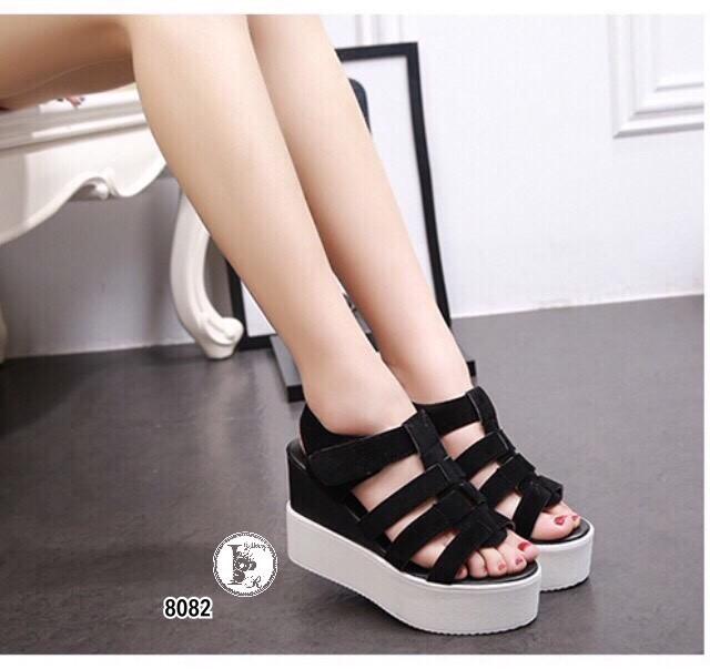 รองเท้าส้นเตารีดหน้าสานเมจิกเทป (สีดำ)