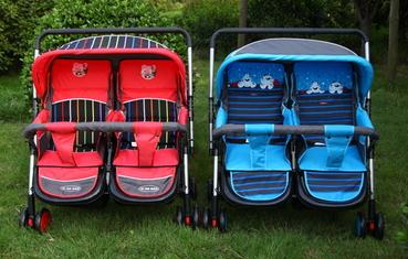 รถเข็นเด็กแฝด