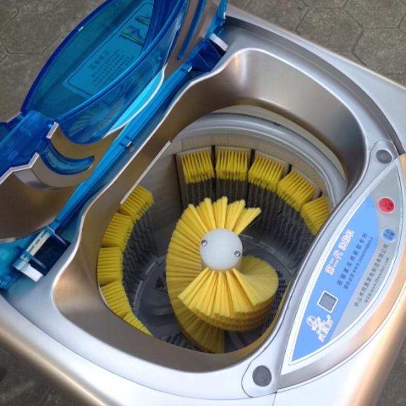 เครื่องซักรองเท้าอัตโนมัติ