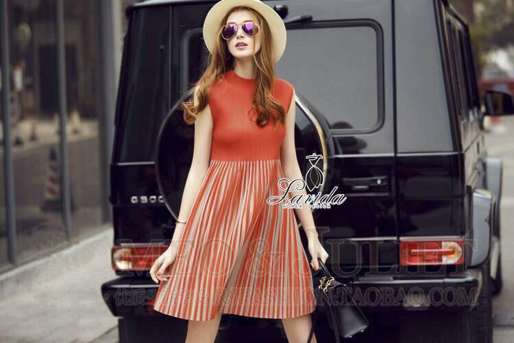 Korea Design By Lavida colorful red-orange sleeveless elastic waist pleated dress