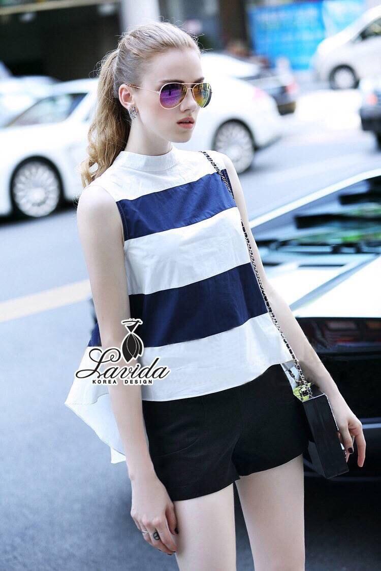 Korea Design By Lavida fashionista white & blue striped top short pants chic set