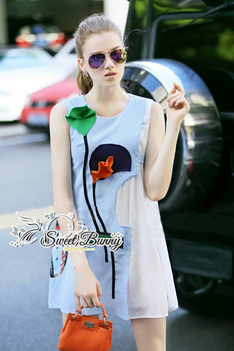 Sweet Bunny Present... Blue Floral Sleeveless Dress