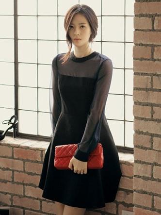 ชุดเดรสทำงาน แขนยาว คอกลม ผ้าชีฟอง สวยหวาน สีดำ