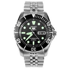 Seiko 5 Sports Automatic Mens Watch SNZF17J
