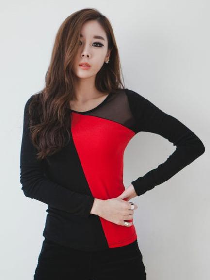 เสื้อแฟชั่น ผ้ายืด+ผ้าตาข่าย แขนยาว คอกลม เสื้อสีดำแดง รหัส 44107-แดง