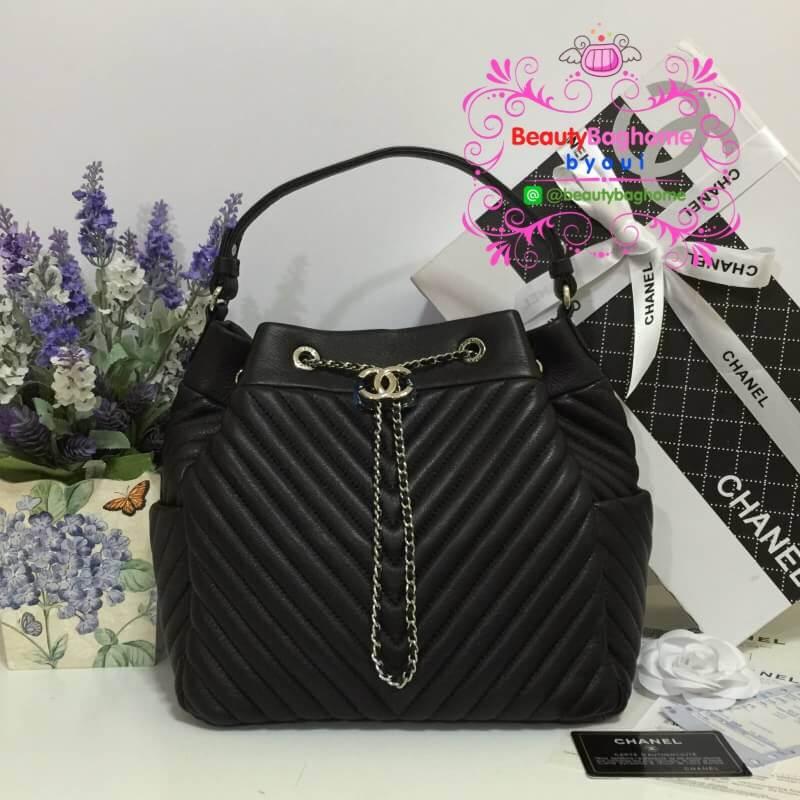 Chanel Chevron Chain Buckle Drawstring Bag สีดำ งานHiend Original