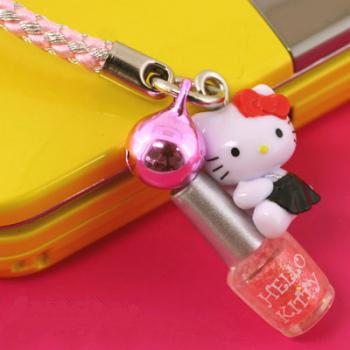 ที่ห้อยมือถือ Hello Kitty Dream Job พวงกุญแจไซส์มินิ หนึ่งในอาชีพใฝ่ฝันของคิตตี้ (ช่างเพ้นท์เล็บ) ของจริงน่ารักมาก ๆ ค่ะ