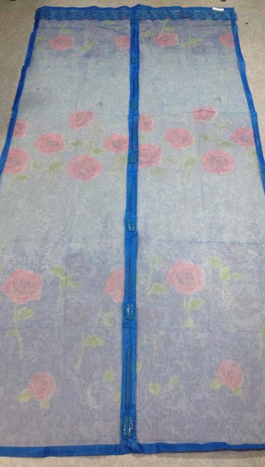 ม่านกันยุงแบบพิมพ์ลาย ไชส์ 100 สีฟ้า/ดอกกุหลาบ