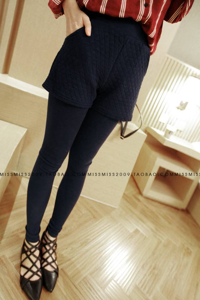 กางเกงเลกกิ้ง ขายาว แต่งกางเกงด้านนอก สีกรมท่า
