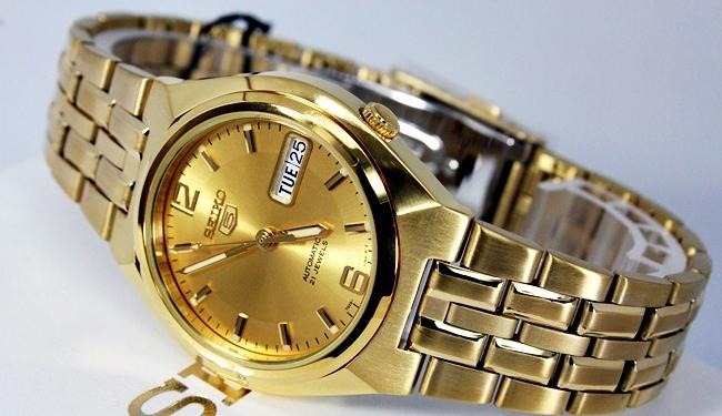 นาฬิกาข้อมือ SEIKO 5 Automatic รุ่น SNKL64K1