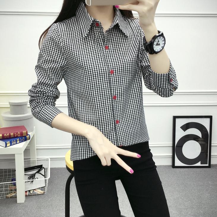 เสื้อแฟชั่น คอปกเชิ๊ต แขนยาว กระดุมหน้าสีแดง ลายสก๊อต สีดำ